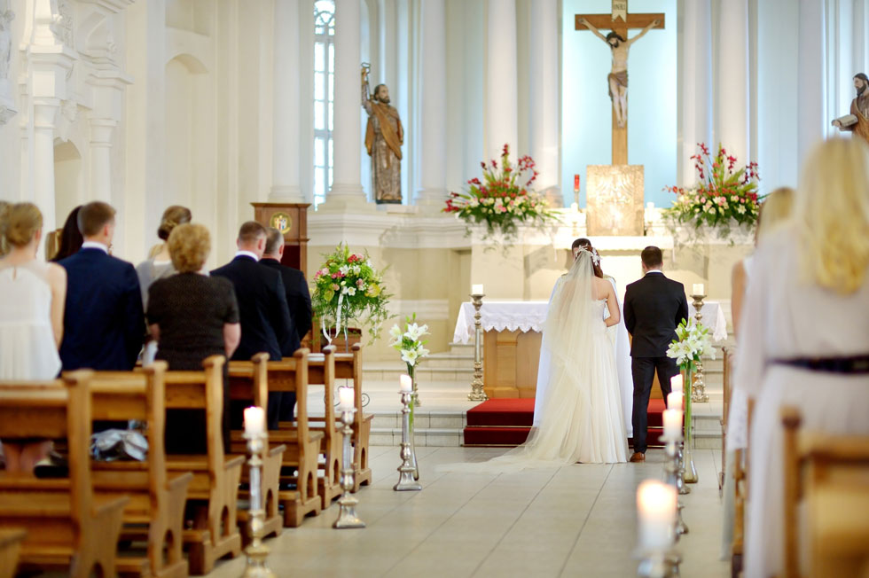 Weddings; How to marry in The Church of England